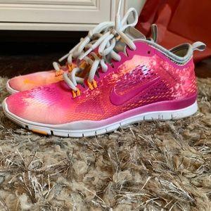 Women's Nike free run 5.0 , size 6